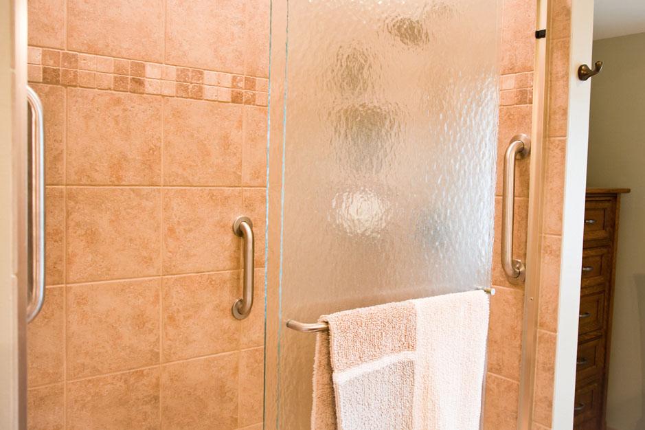 mrtub-accessories-shower-grab-bar